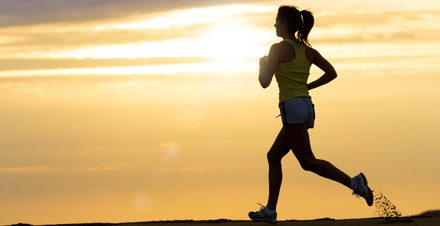 Jak se správně protáhnout před a po běhu