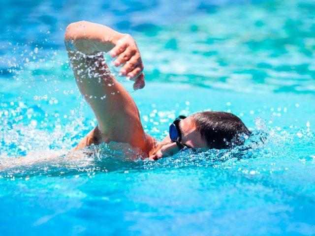 Jak dobře umíte plavat vy?
